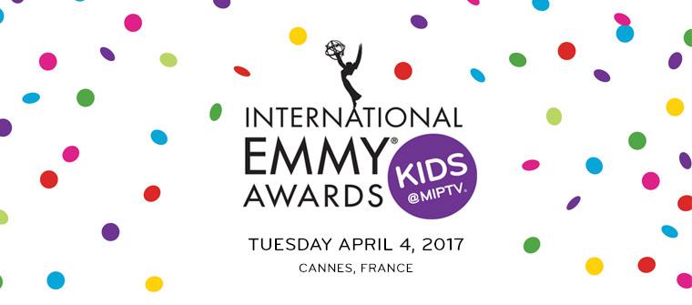 Regisseur Mees Kees langs de lijn wint Emmy!